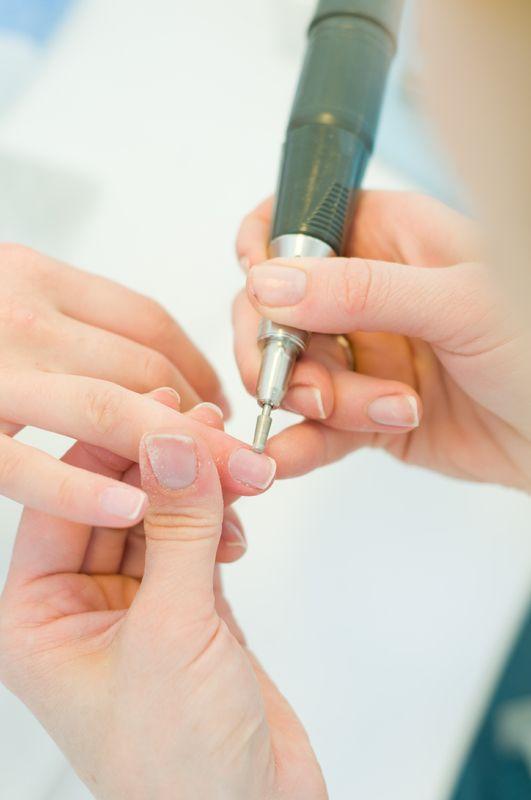 Bruska na nehty - manikůra